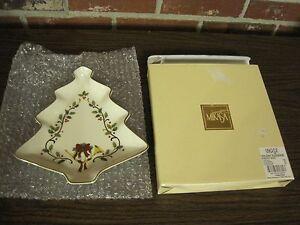 MIKASA FINE CHINA HOLIDAY ELEGANCE CHRISTMAS TREE DISH (NIB)