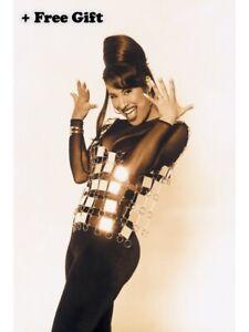 """Selena Quintanilla Poster 24"""" x 36"""""""
