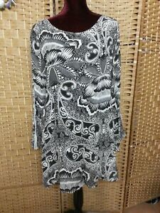 LADIES TREE OF LIFE DRESS SIZE M FIT APPROX 10/12