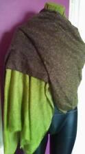 grand foulard étole châle tout doux 30% soie 70% viscose.