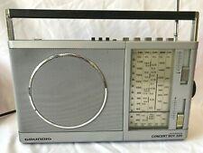 VINTAGE GRUNDIG CONCERT BOY 220 PORTABLE LW/MW/SW/FM TRANSISTOR RADIO -(ROM)