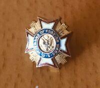 Vintage Enamel US Veterans of Foreign Wars Screw On Collar Stud Button