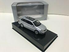 VW golf V AutoArt SCALE models 1/43 diecast car new