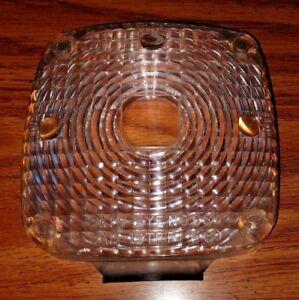 International Harvester Navistar Truck Light Lens 537011R1 537012RI Cats Eye 960