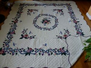 """NEW Appliqued / Embroidery Dragonfly Garden Quilt  101 x 91"""""""