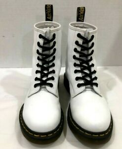 Dr Doc Martens Size 7 White Smooth Leather Platform Combat Boots 1460 Women's
