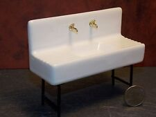 Dollhouse Miniature Kitchen Sink Porcelain 1920's  1:12 one inch scale Y6
