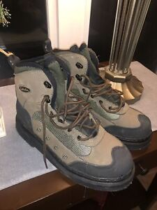 CABELA'S 83-1301 BROWN ULTRALIGHT FELT SOLE FLY FISHING WADING BOOTS Size 10