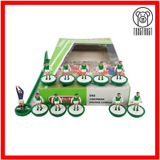 More details for subbuteo team hibernian / c brugge ref 45 vintage table soccer toy lightweight