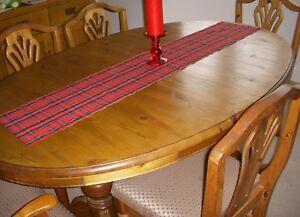 CHRISTMAS BURNS NIGHT TABLE RUNNER RED TARTAN 135cm x 26cm Decoration straight