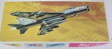 VEB Plasticart SU-7 Flugzeug Modellbaukasten 1970-80s Model Airplane Kit