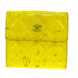 Auth Chanel Patent Leather Wallet (tri-fold) Yellow 05GC758