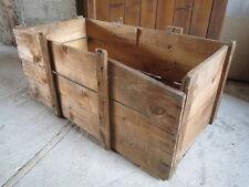 Ancienne caisse en bois rangement style atelier indus vieux commerce confiserie