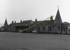 Aboyne Railway Station Photo. Dess - Dinnett. Lumphanan to Ballater Line. (4)