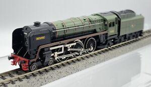 Hornby Minitrix N Gauge N203 BR Standard Class 7 'Britannia' 70000