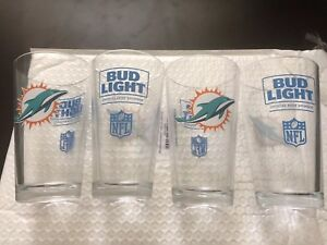 NEW NFL MIAMI DOLPHINS BUDWEISER BUD LIGHT PINT GLASS MIAMI LOGO BAR CAVE GAME