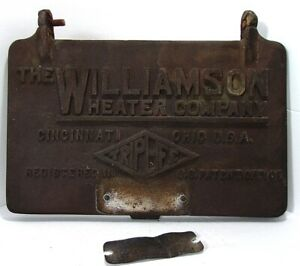 VTG 1921 Williamson Heater Company Cast Iron Furnace Door Cover Model 043 26D
