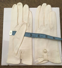 Vintage short white kid gloves w/ button ornament, made in Italy - size 6 1/2
