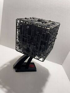 Star Trek The Next Generation Playmates 1994 BORG CUBE Ship w/ Stand VERY CLEAN!