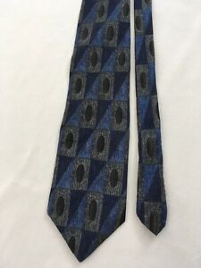 Classics Axis Blue Abstract Geometric All Silk Vtg USA Made Neck Tie