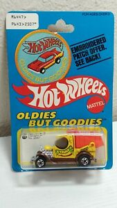 """Hot Wheels Oldies But Goodies """"Dumpin' A"""" yellow on a Patch Card 1977"""