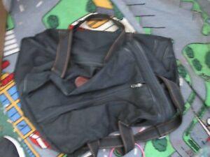 Lazer Originals Black travel bag overnight Holdall bag handle strap sports