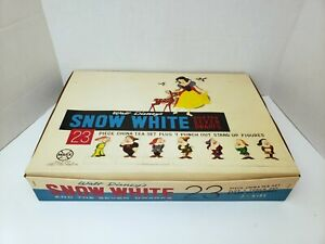 Marx Toys Walt Disney's Snow White & the Seven Dwarves 23 Piece China Set