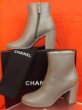 8936b9cd8252 16a CHANEL Grey Leather Gold Tone CC Logo Zip Ankle BOOTS 36.5 Italy