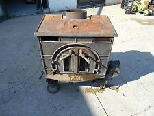 NICE LITTLE FEDERAL CAST IRON WOOD STOVE