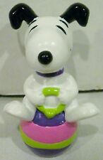 Whitmans Whitman's Easter Peanuts Snoopy Jumping on an Egg PVC Figurine