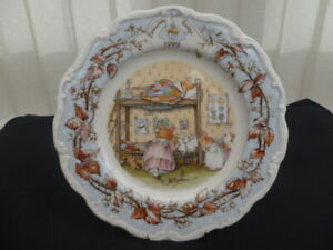 """ROYAL DOULTON BRAMBLY HEDGE 1999 8"""" COLLECTOR PLATE"""