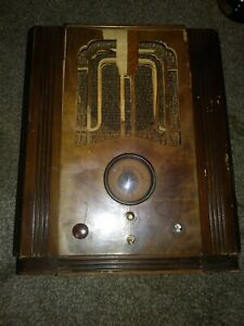 Vintage Grunow 750 Tombstone (1934) AM and Shortwave Radio