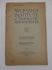 1922 Womans Institute of Domestic Arts & Sciences Book Harmony of Dress 11-2