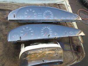 Konvolut Audi Kombi Instrumente Audi V 8 4,0; Audi 100 2,3; Audi 100 136 PS