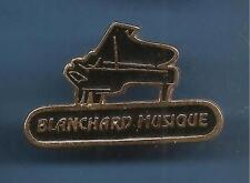 Pin's pin PIANO A QUEUE BLANCHARD MUSIQUE (ref 068)