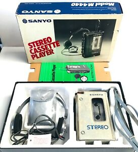 Vintage Retro Sanyo M4440 Walkman Red Cassette Player 1979