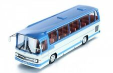 1 43 Ixo Mercedes o 302-10r 1972 Lightblue/creme
