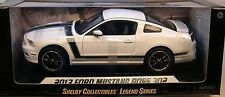 SHELBY COLLECTIBLES 1:18 SCALE DIECAST METAL WHITE 2013 FORD MUSTANG BOSS 302