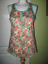 """BNWOT  FITS A 10-12  34"""" CHEST LADIES MULTI COLOURED FLORAL STRETCHY SUMMER TOP"""