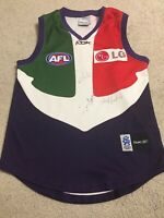Fremantle Dockers Anchor Vintage Jersey 3 x Unknown Signatures AFL Reebook Small