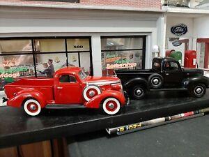Danbury Mint 37 Studebaker & Franklin Mint 40 Ford 1/24 Pick Ups. LOT   Read All