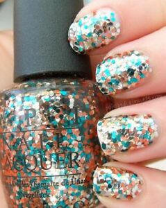 OPI 'The Living Daylights' HL D15 Gold Chunky Glitter Nail Lacquer 15ml