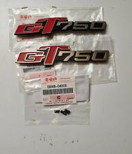 GENUINE OEM 2 EMBLEMA COFANETTO FIXING SET SUZUKI GT 750 pcs 6
