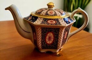 Teapot, Sadler Mandarin Pattern No. 4733 Teapot For One From Heirloom Collection