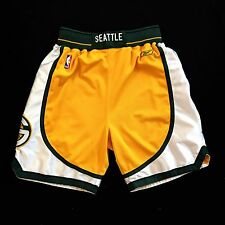 100% Authentic Reebok Seattle Sonics Shorts Size 32 M ( ray allen payton kemp )