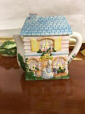 Easter Tea House Teapot ceramic excellent condition O.C.I. in Phillipenes appro