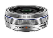 Olympus M.Zuiko Digital ED 14-42mm 14-42 3.5-5.6 EZ Objektiv silber Ausstellung