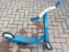 TRIANG Vintage Blu & Bianco Scooter a pedali - (Tri-ang) - Antico Giocattolo