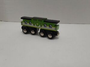 Green Circo Wooden Train Car Only 2011 Target (Pre~Owned).