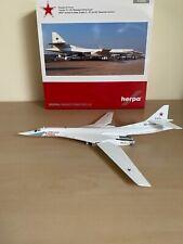 1/200  Russian Air Force Tupolev Tu-160 Herpa Wings 559287
